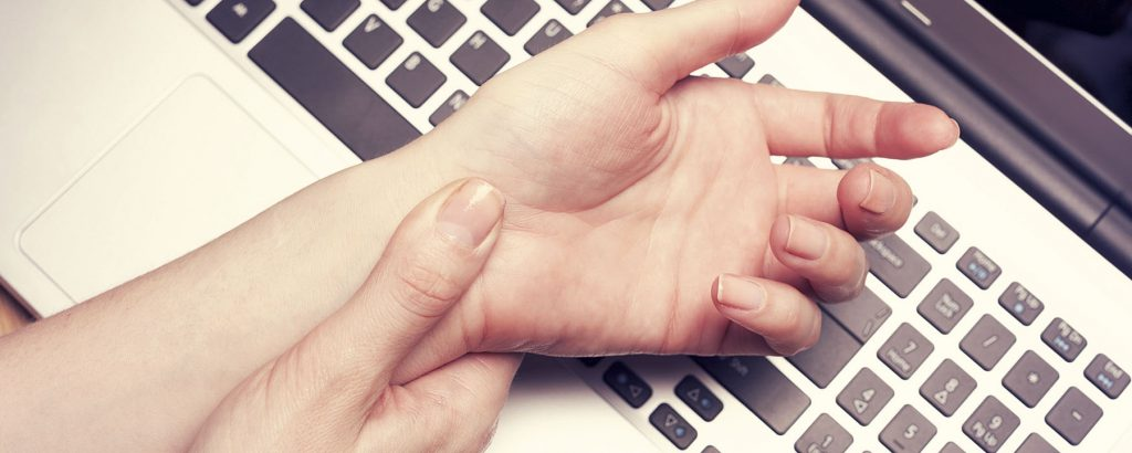 Causes & Treatment of Carpal Tunnel Syndrome